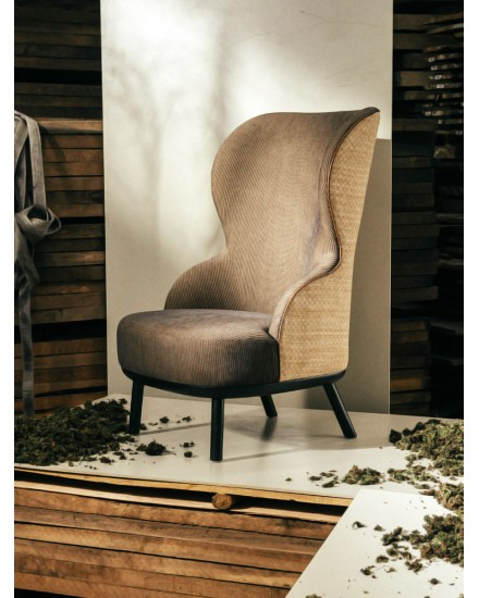 BIKA CABANA WINGBACK HIGH CHAIR