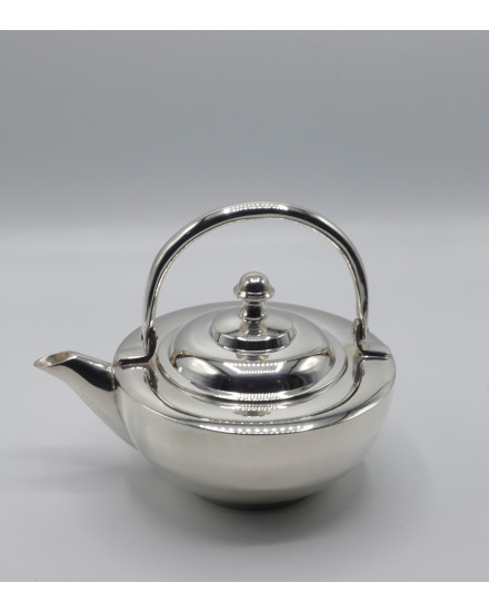 TEAPOT IN SILVER PLATED