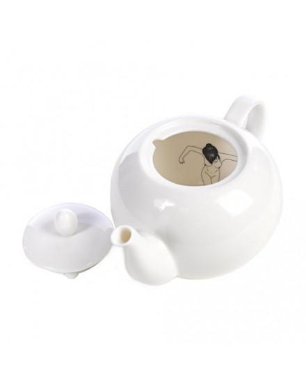 Undress teapot
