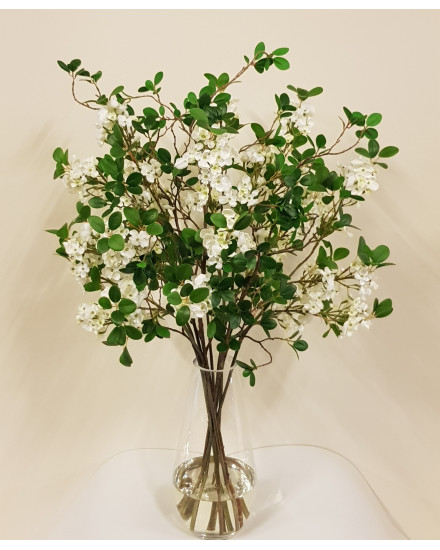 BLOSSLF.GLS White blossom and leaf bouquet in teardrop vase